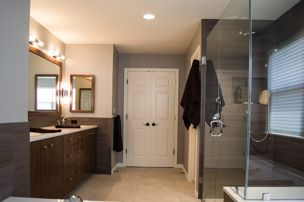 Modern Bath Remodel Highlands Ranch CO Da Vinci Remodeling - Bathroom remodel highlands ranch co