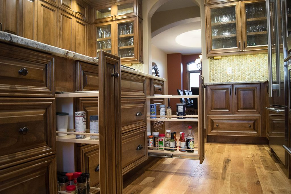 custom-alder-kitchen-cabinetry-spice-rack-pullouts