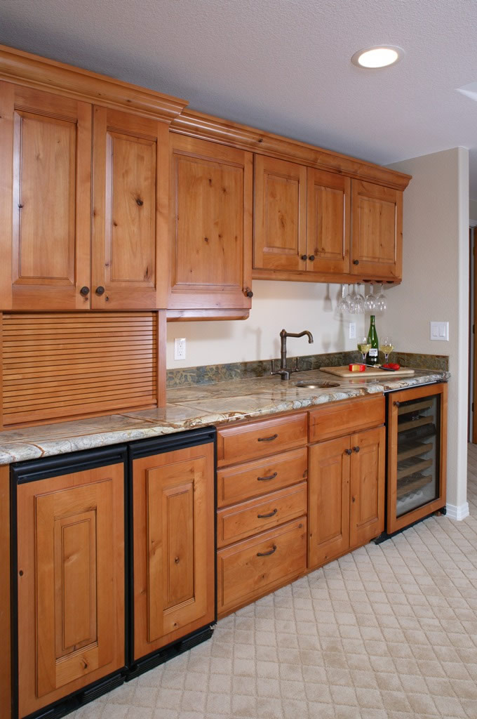 Castle Pines basement wet bar remodel with custom cabinetry