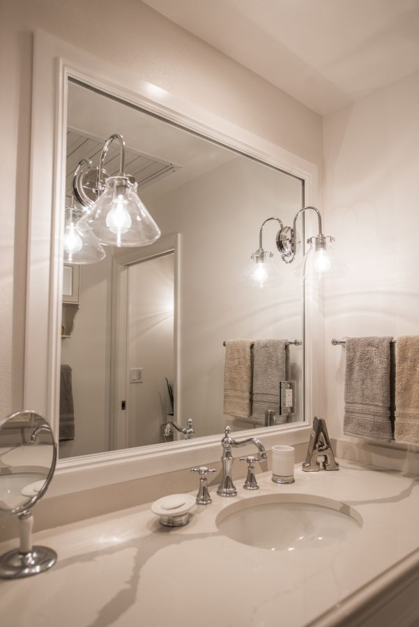 Small bathroom remodel greenwood village colorado davinci for Bathroom remodel greenwood in